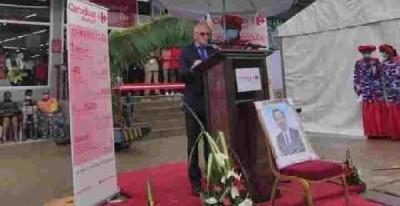Cameroun : Photo de Biya à l'inauguration d'un magasin Carrefour, retour sur une polémique sur le culte de la personnalité