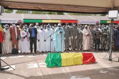 Mali : Amadou  Toumani Touré inhumé
