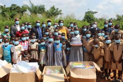 Côte d'Ivoire : Abdjan Terminal offre des kits scolaires aux élèves du village Aboka