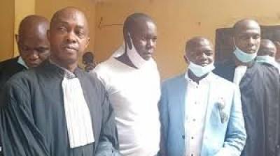 Guinée : Opposés au 3ème mandat d'Alpha Condé, deux membres du FNDC écopent d'un an de prison ferme