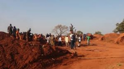 Burkina Faso : Huit personnes tuées au cours d'un braquage sur un site d'orpaillage