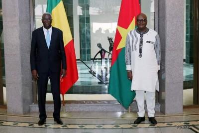 Burkina Faso : Les présidents malien et burkinabè veulent donner un nouveau souffle à la coopération bilatérale