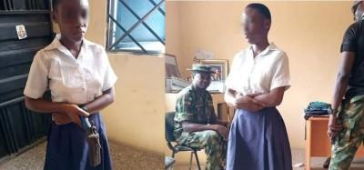Nigeria :  Forcée à se coiffer, une élève retourne à l'école avec une arme pour tuer un professeur