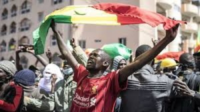 Sénégal : La tension faiblit, le M2D suspend son appel à manifester