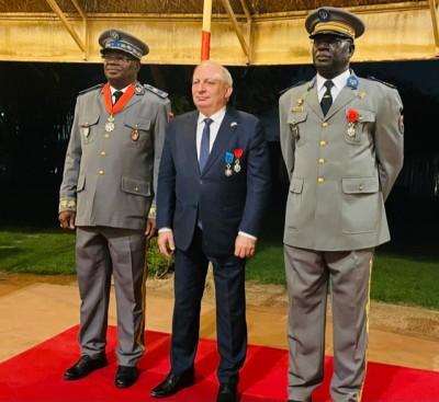 Burkina Faso-France : Lutte contre le terrorisme, deux chefs militaires reçoivent la légion d'honneur