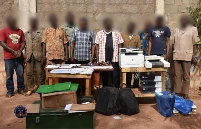 Burkina Faso : Un réseau de faussaires spécialisés dans la vente illicite des parcelles démantelé