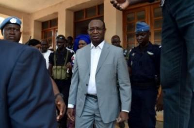 Centrafrique : En route pour Paris, l'opposant Anicet Georges Dologuélé bloqué à l'aéroport