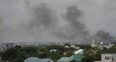 Somalie : Mogadiscio, des obus visant une base de l'Amisom tombent sur des maisons et...