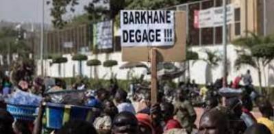 Mali : Le  départ des troupes françaises encore réclamé à Bamako