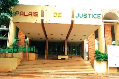 Burkina Faso : Un homme condamné pour harcèlement sexuel sur un autre