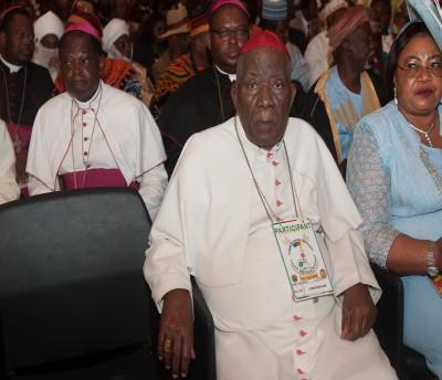 Cameroun: Décès du Cardinal Tumi, les hommages fleurissent, l'émotion ne retombe pas