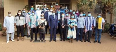 Burkina Faso : Même si anecdotique, validation du plan national de déploiement et de vaccination contre la COVID-19