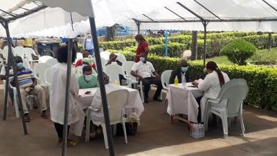 Côte d'Ivoire :    COVID-19, faible taux de couverture vaccinale, le Gouvernement annonce la démultiplication des équipes vaccinateurs