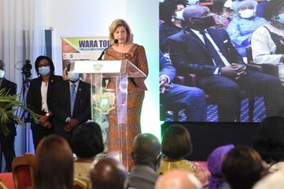 Côte d'Ivoire : Lutte contre le Travail des enfants, la Première Dame initie un séminaire de formation des artistes