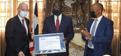 Liberia :  Gianni Infantino « Le football peut changer la manière dont l'Afrique est...