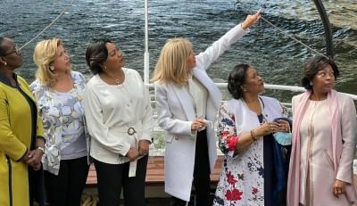 Côte d'Ivoire-France : Dominique Ouattara et d'autres premières dames en croisière su...