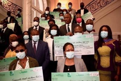 Côte d'Ivoire :  Co-financement de projets, depuis Paris, le gouvernement signe une convention avec le CPA en marge d'une cérémonie de remise de chèques à 15 jeunes de la Diaspora
