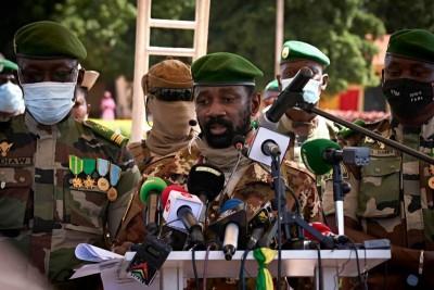 Mali : Assimi Goita démet le Président de transition Bah N'Daw, le Premier ministre et annonce la poursuite de la transition