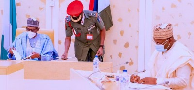 Nigeria : Buhari se repositionne contre la tentation d'un troisième mandat