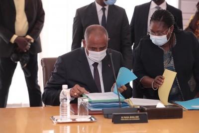 Côte d'Ivoire :  Le gouvernement rend public, la liste des noms des Directeurs de cabinets des différents ministères