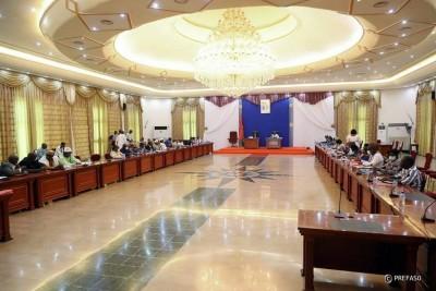Burkina Faso : L'opposition réitère son appel à la démission du premier ministre et c...