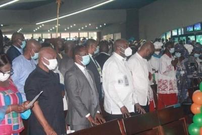 Côte d'Ivoire : Laurent Gbagbo prend part à sa première messe à la cathédrale Saint-P...