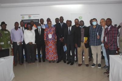 Côte d'Ivoire:    San-Pedro, les chefs industriels déplorent une pression fiscale élevée et la dégradation des voiries