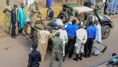 Mali : «  Tentative d'assassinat d'Assimi Goita , l'agresseur serait un enseignant «sous l'effet de la drogue» pour commettre l'acte