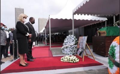 Côte d'Ivoire : Levée de corps de Charles Gomis, Ouattara salue la mémoire d'un diplomate chevronné, tout savoir sur sa vie professionnelle