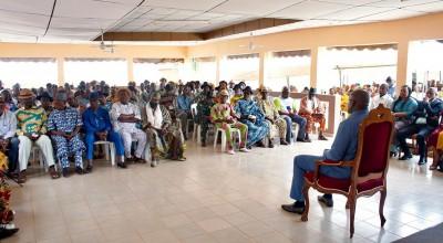 Côte d'Ivoire :   Daloa, Stéphane Kipré promet à 83 chefs de villages de s'engager dans le développement du Haut-Sassandra
