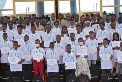 Burkina Faso : Excellence scolaire, une centaine d'élèves magnifiés au palais présidentiel