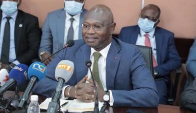 Côte d'Ivoire :  Énergie renouvelable, le Directeur de l'Energie annonce la productio...