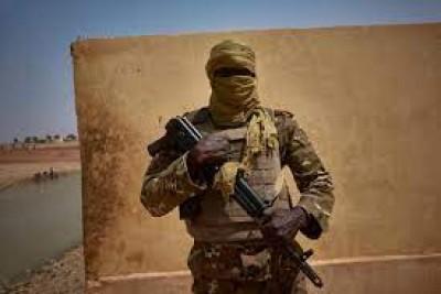 Mali : 15 soldats tués dans une embuscade terroriste près de Douentza