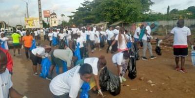 Côte d'Ivoire : CFAO Retail mobilisé pour le World CleanUp Day 2021, à Abidjan, tous unis pour une cité sans déchets plastiques