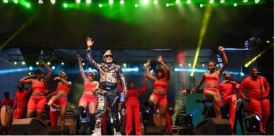 Côte d'Ivoire-RDC : Après son concert éclair à Abidjan, Koffi Olomidé dénonce un manq...