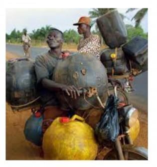 Burkina Faso: 72 personnes interpellées pour blanchiment de capitaux et corruption à travers une contrebande de carburant