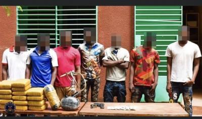 Burkina Faso : trois réseaux de braqueurs et de trafiquants de drogue démantelés à Ouagadougou
