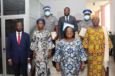 Côte d'Ivoire : Fonction Publique, une charte d'éthique signée pour crédibiliser les...