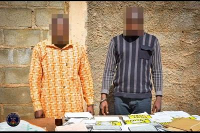 Burkina Faso : Interpellation de deux faussaires ayant fait perdre 12 milliards FCFA à l'Etat