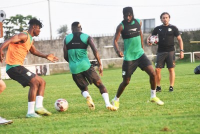 Côte d'Ivoire : Mondial 2022, des soucis pour le sélectionneur Beaumelle privé de cinq cadres à Johannesburg