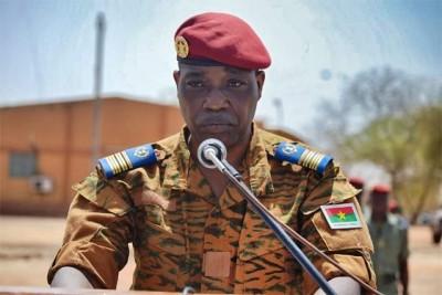 Burkina Faso : De nouveaux chefs pour commander les forces armées
