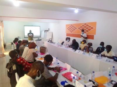 Côte d'Ivoire : Bouaké, des personnes usagères de drogues à l'école des droits humains et des violences basées sur le genre
