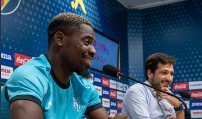 Côte d'Ivoire : Serge Aurier nouveau joueur de Villaréal à sa présentation : « L'objectif est de remporter un titre »