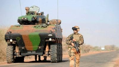 Mali : Une femme transportant des armes abattue par l'armée française à Gossi