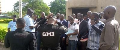Côte d'Ivoire : Sit-in devant la Tour C au plateau, à la réclamation de leurs dus, les enseignants empêchée par la police, les syndicats déterminés à poursuivre le combat