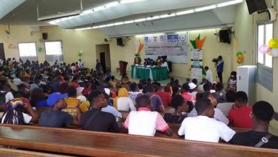 Côte d'Ivoire : Bouaké, afin de susciter des réflexions éthico-humanistes sur la Covid-19, un séminaire international organisé à l'UAO