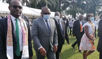 Côte d'Ivoire :   TNT, Amadou Coulibaly lance la campagne d'extinction du signal analogique pour le 13 novembre 2021