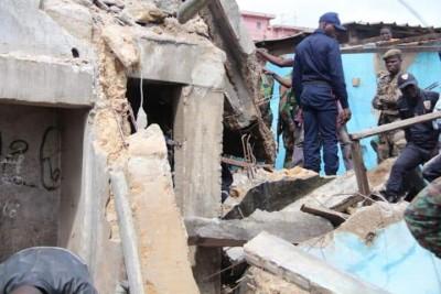 Côte d'Ivoire : Attécoubé, une maison s'écroule sur des habitants, 02 corps retrouvés sous des décombres