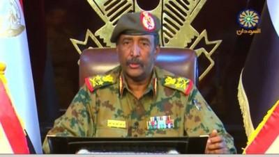 Soudan : Abdel Fattah Al-Burhan annonce la dissolution du gouvernement de transition, réactions de l' UA