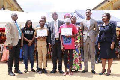 Côte d'Ivoire : Mise en oeuvre d'un projet de renforcement des compétences du primair...